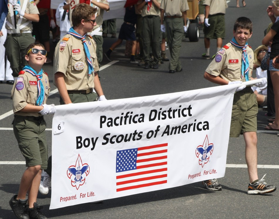 Huntington Beach Parade - Boy Scouts