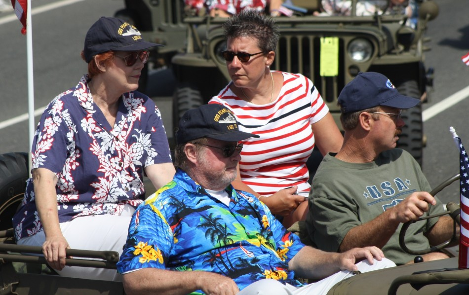 Huntington Beach Parade - Pearl Harbor Survivors