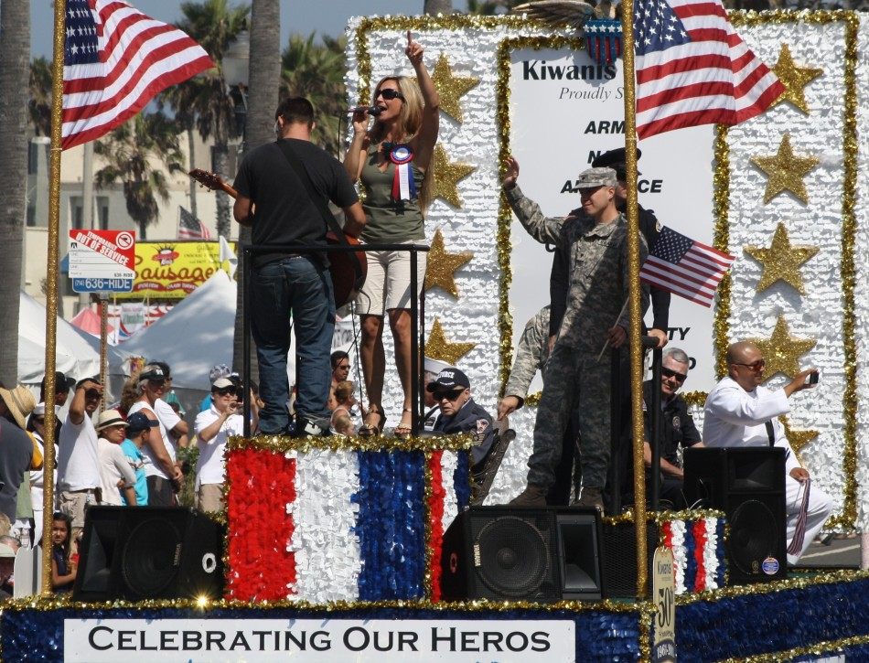Huntington Beach Parade - Huntington Beach Kiwanis