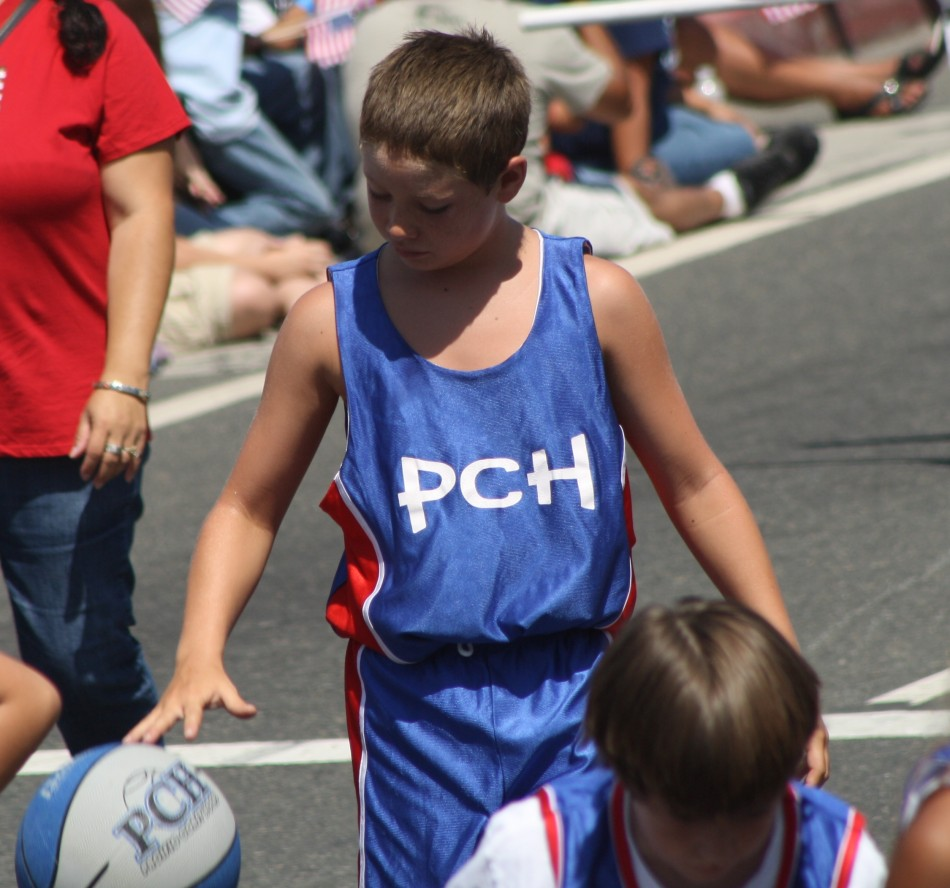 Huntington Beach Parade - Pacific Coast Hoops Basketball
