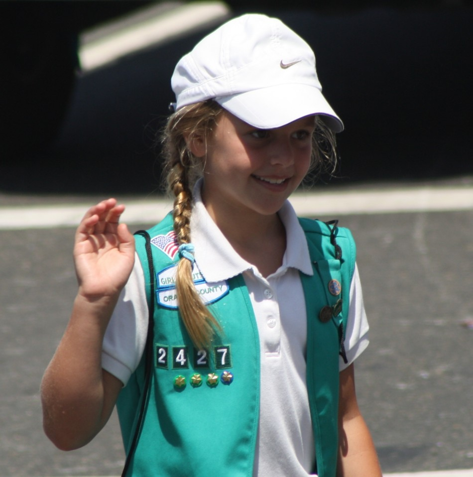 Huntington Beach Parade - Girl Scouts