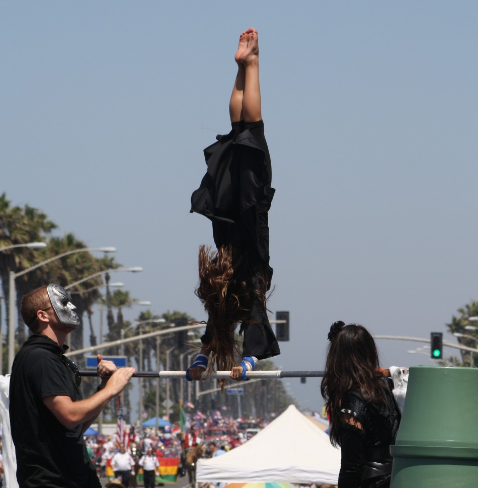 Huntington Beach Parade - Scats Gymnastics