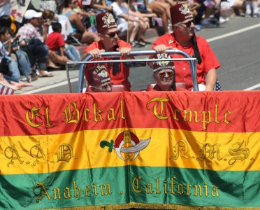 Huntington Beach Parade - El Bekal Shrine Temple