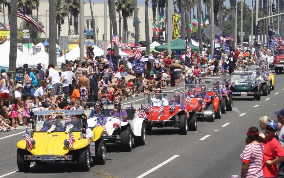 Huntington Beach Parade - El Bekal Shrine Temple Dune Buggy