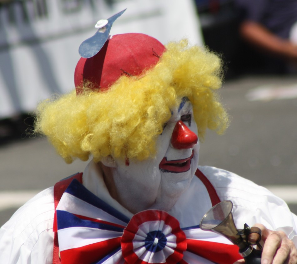 Huntington Beach Parade - El Bekal Shrine Temple Clown