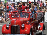 Huntington Beach Parade - Huntington Beach Surf City Fire Department Childrens Needs Task Force