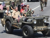 Huntington Beach Parade - Noble Cause Foundation Vintage US Army Uniforms